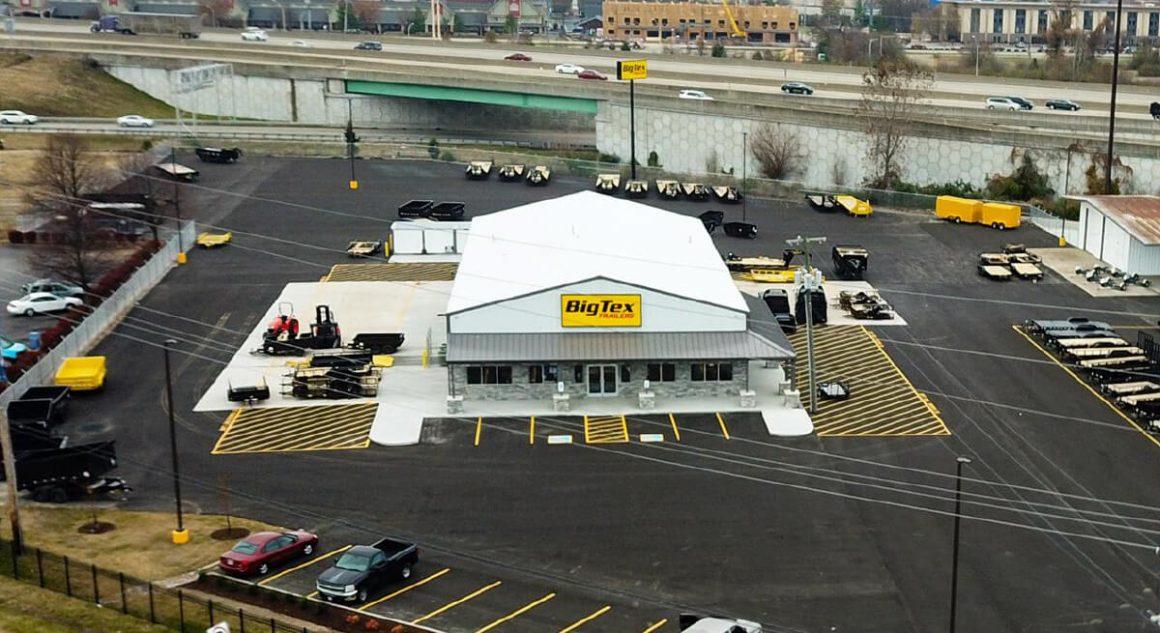 Big Tex trailers open in clarksville